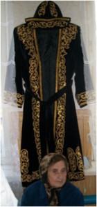 Иллюстрация 12. Казахский мужской костюм. Фото М.Г. Хрущевой. 1 мая 2011.